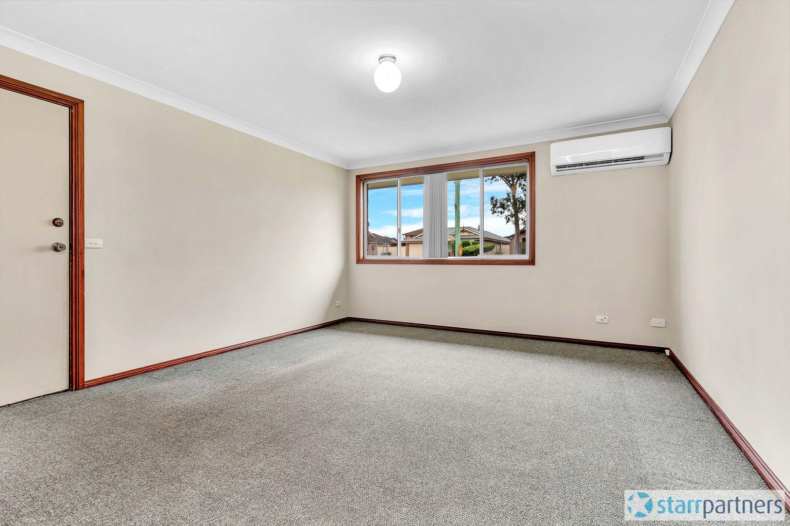 1/10 Wolseley Rd, Mcgraths Hill NSW 2756, Image 2
