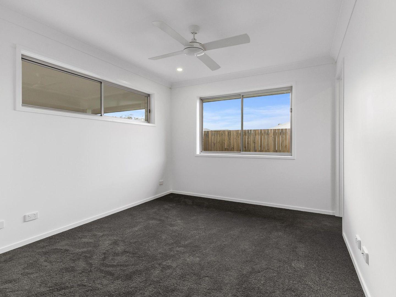 26 Chambers Ridge Boulevard, Park Ridge QLD 4125, Image 1