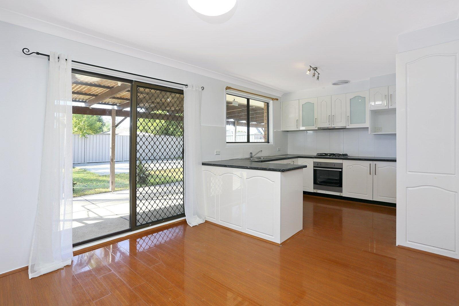 16 Maroni Place, St Clair NSW 2759, Image 1