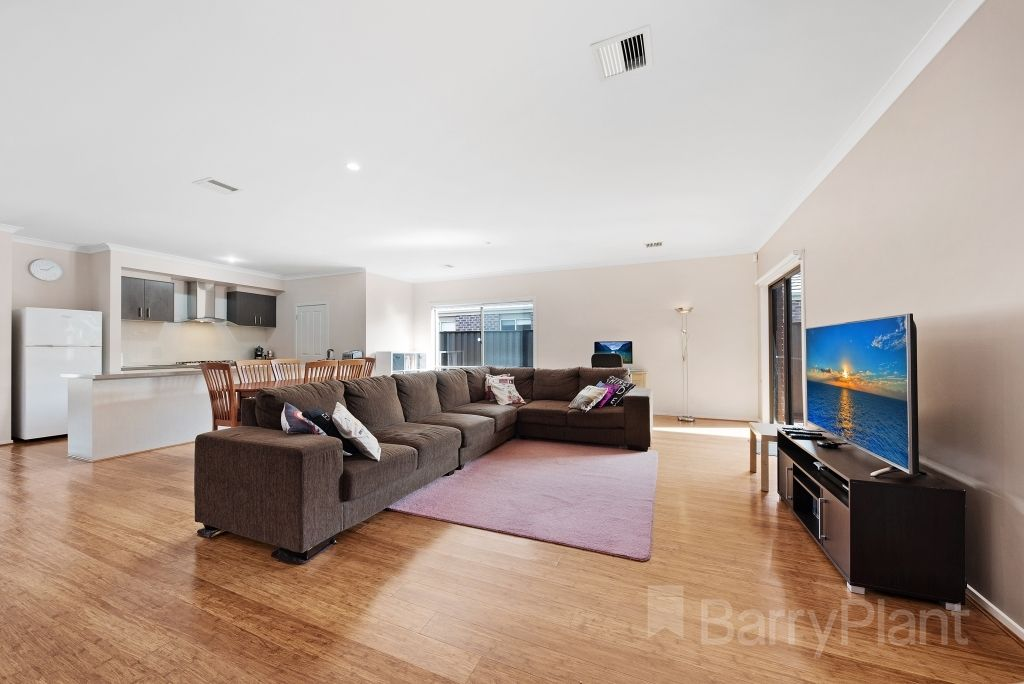 18 Bevan Court, Point Cook VIC 3030, Image 1