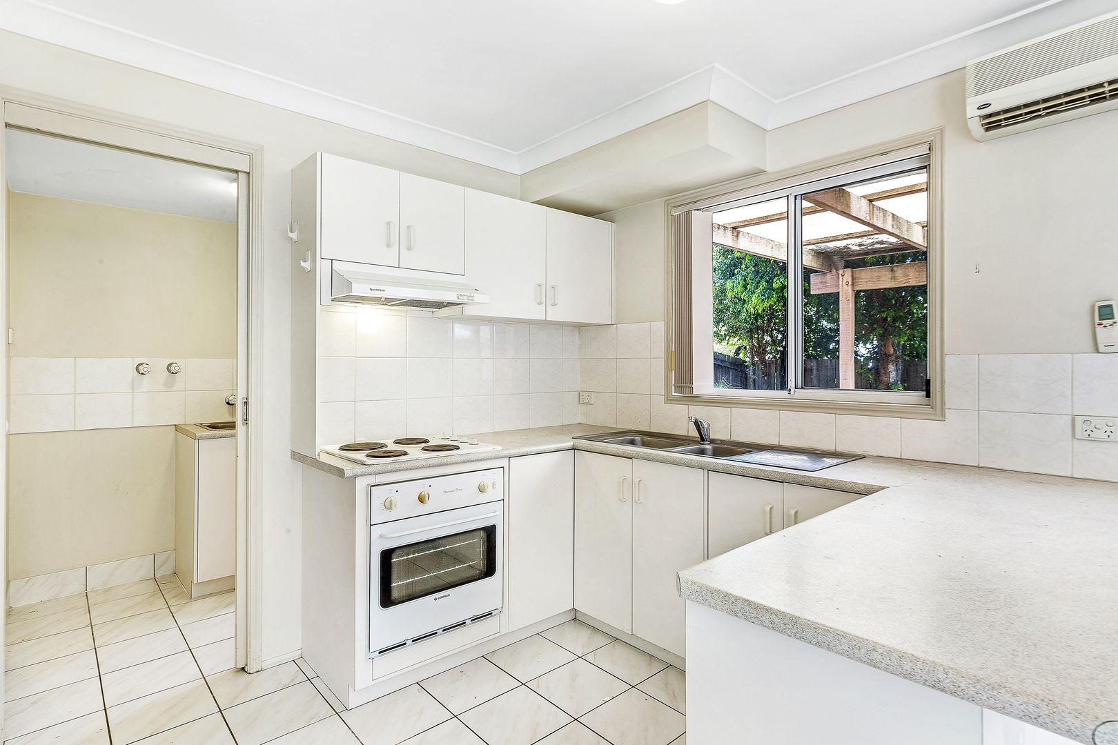 Unit 10/122 Johnson Road, Hillcrest QLD 4118, Image 2