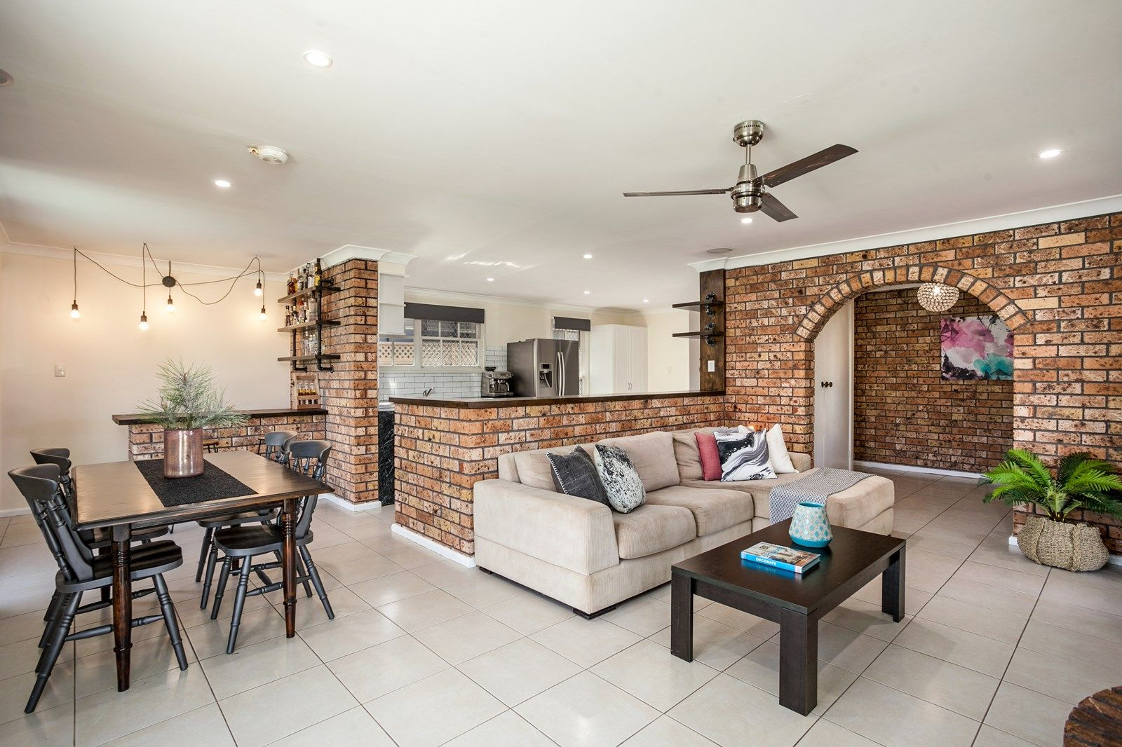 2 Meehan Close, Horsley NSW 2530, Image 1