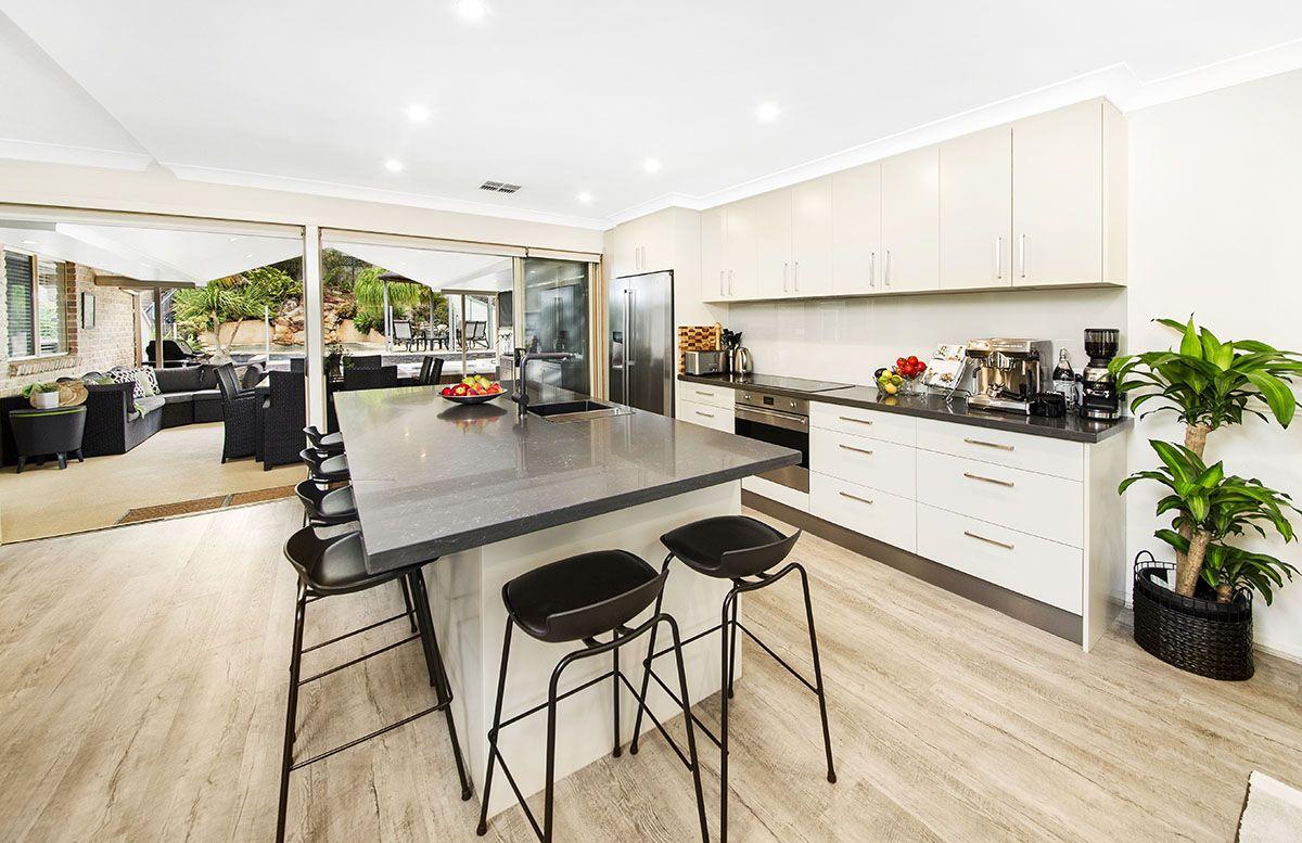 90 Beaumaris Drive, Menai NSW 2234, Image 0