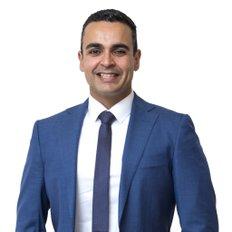 Jhonny Amorim, Sales representative