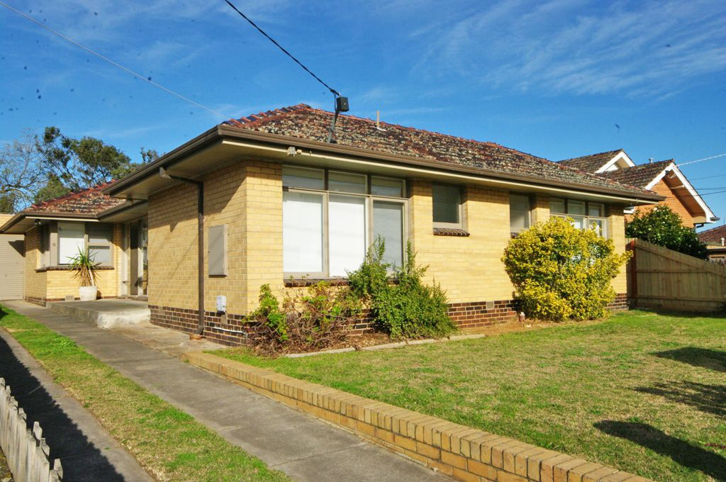 4 Clarence Street, Bentleigh East VIC 3165, Image 0