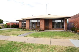 Picture of 2 Henderson Avenue, Horsham VIC 3400