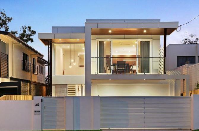 35 Ridgeway Avenue, Southport QLD 4215, Image 0