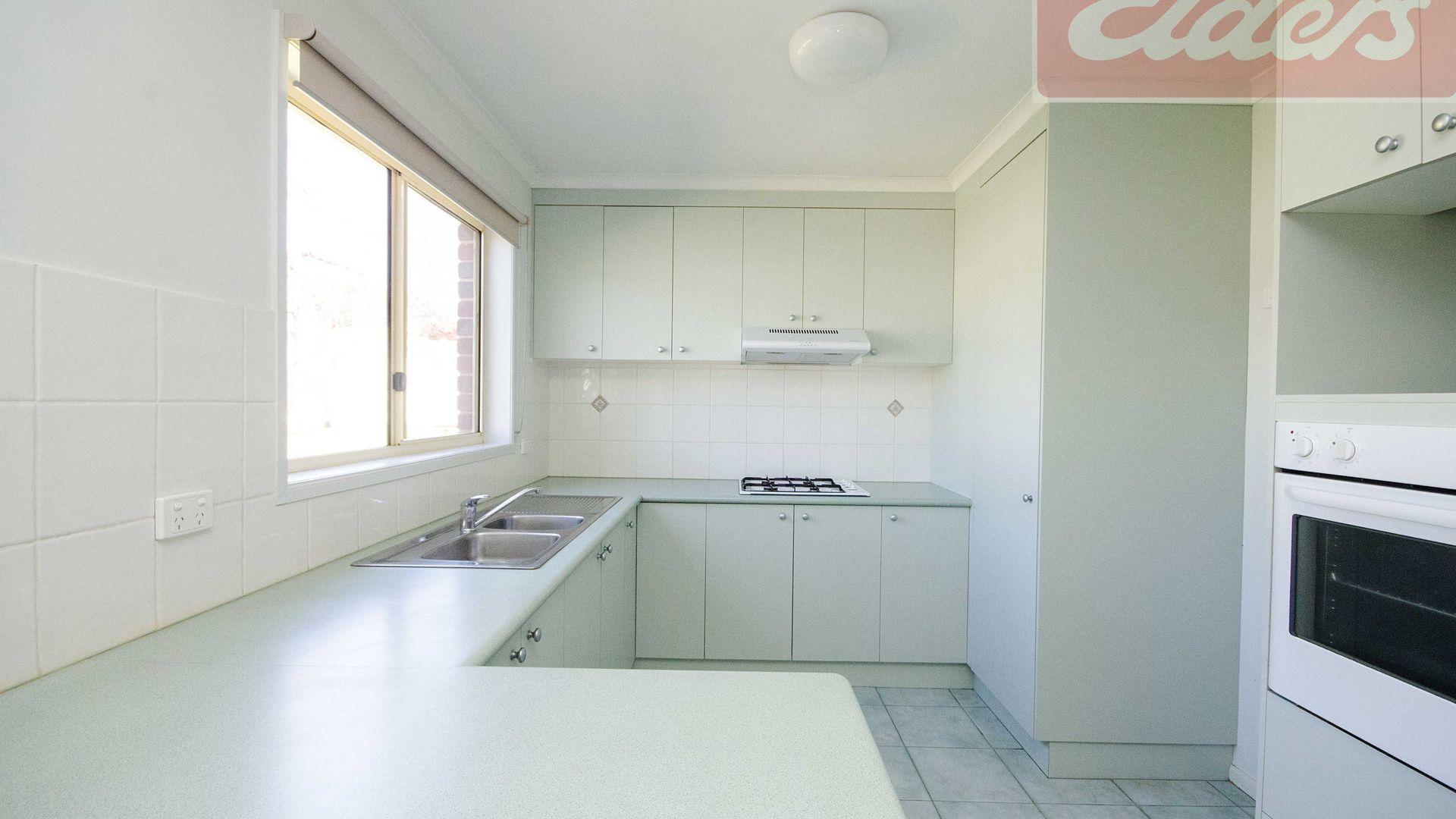 14 Hamilton Place, Wodonga VIC 3690, Image 1