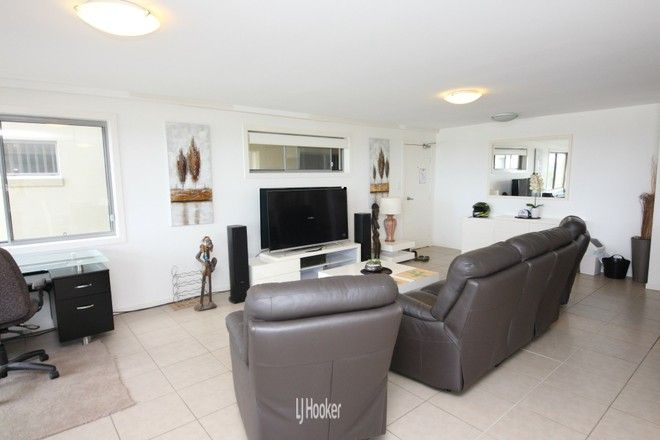 Picture of 6/21A Redhead Road, HALLIDAYS POINT NSW 2430