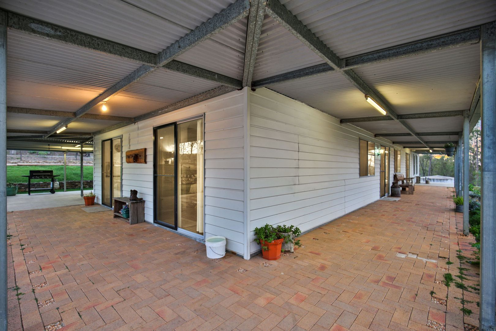 896 Tableland Road, Horse Camp QLD 4671, Image 2