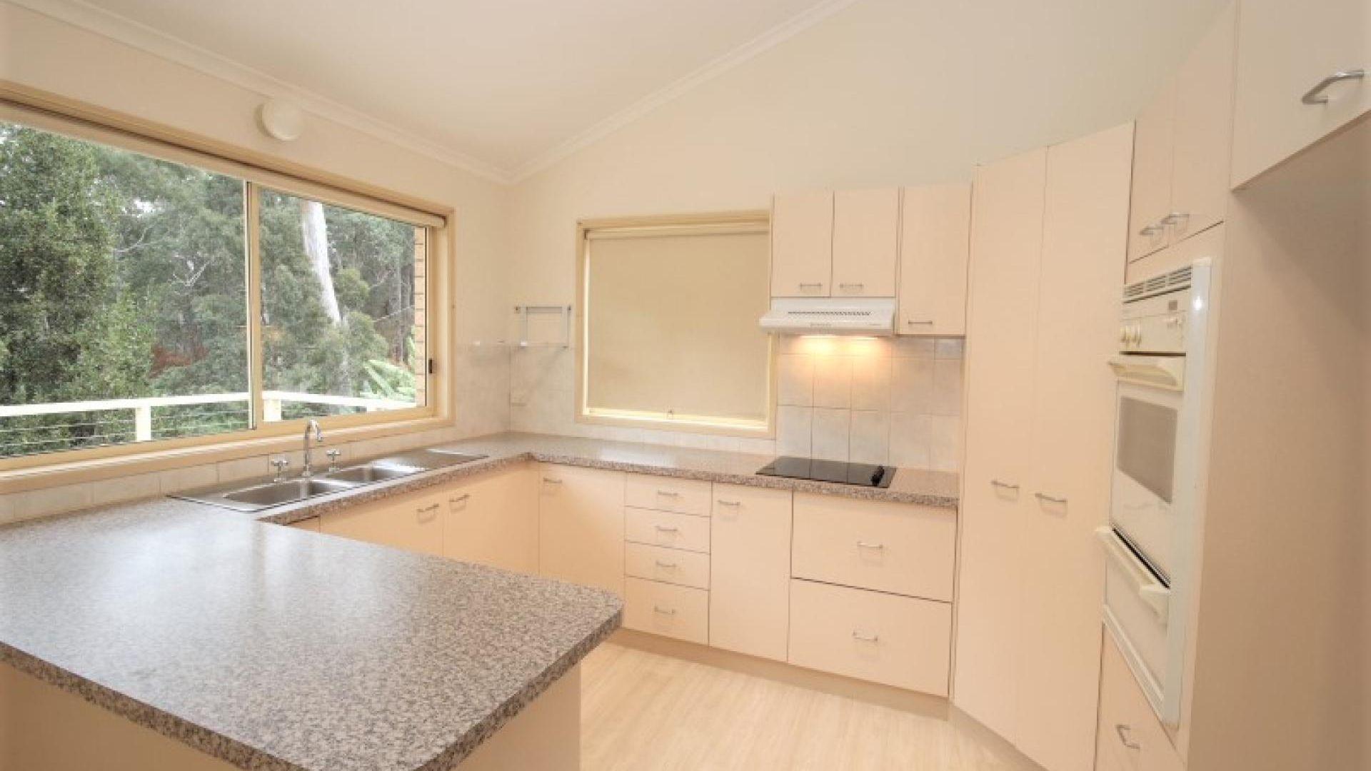 49 Hillcrest  Avenue, North Narooma NSW 2546, Image 2