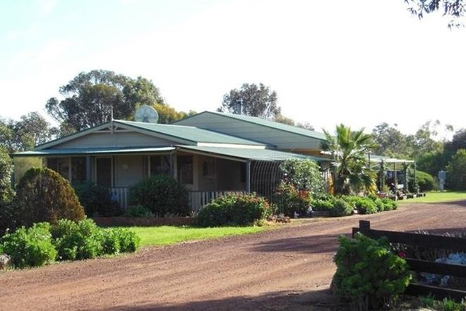 Picture of 357 Moulyerup Road, BROOMEHILL EAST WA 6318