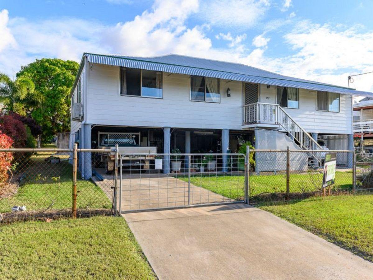 27 Gladstone Street, Mount Larcom QLD 4695, Image 2