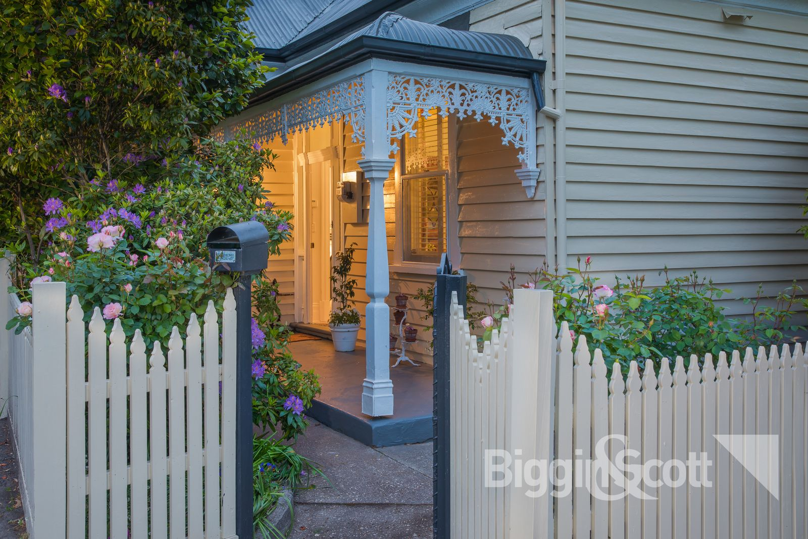 302 Barkly Street, Golden Point VIC 3350, Image 0