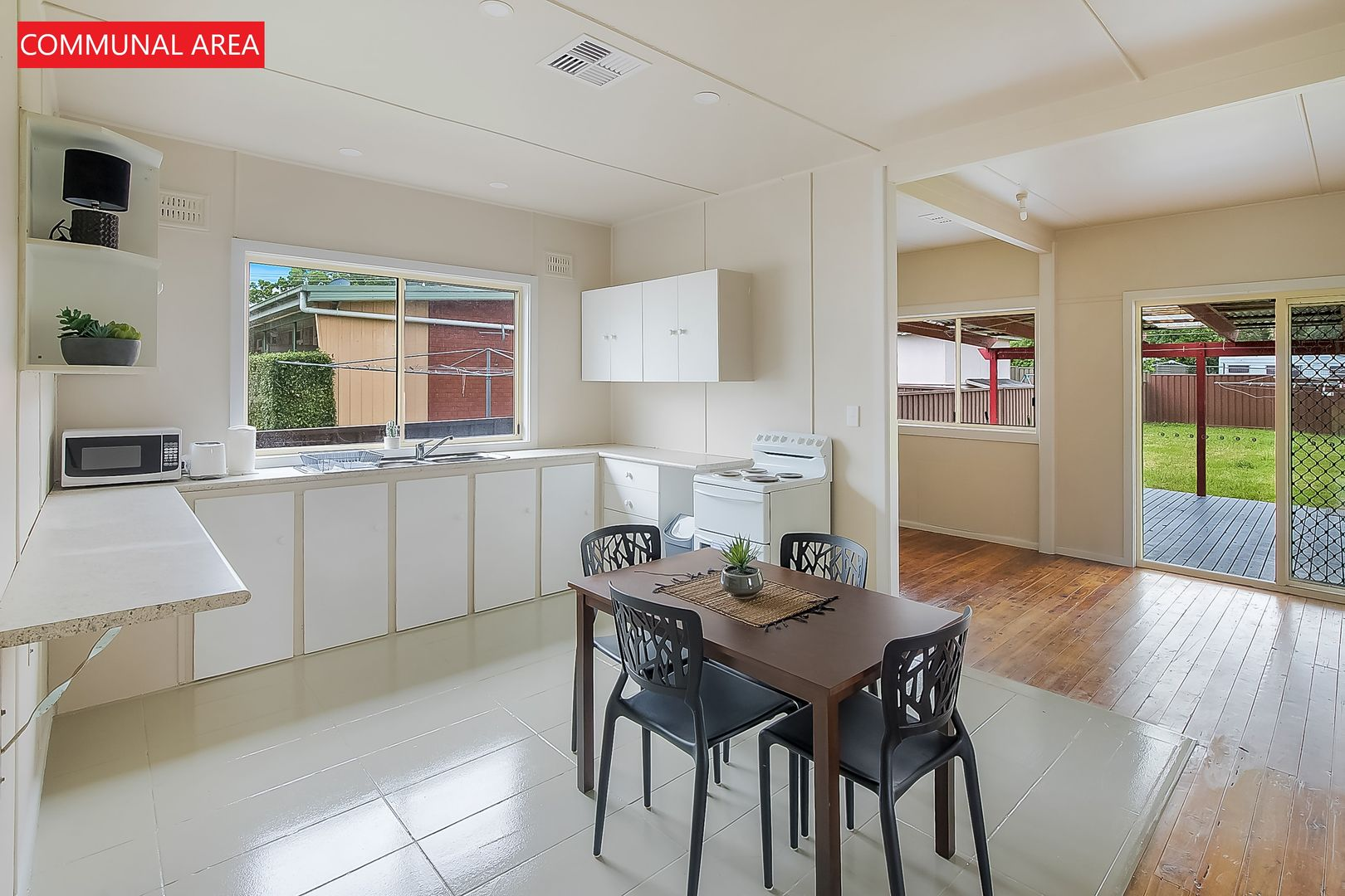 17 Bell Street, South Windsor NSW 2756, Image 2
