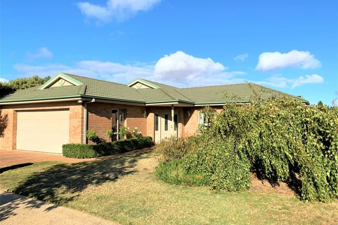 Picture of 3 Bell Tower Avenue, ALFREDTON VIC 3350