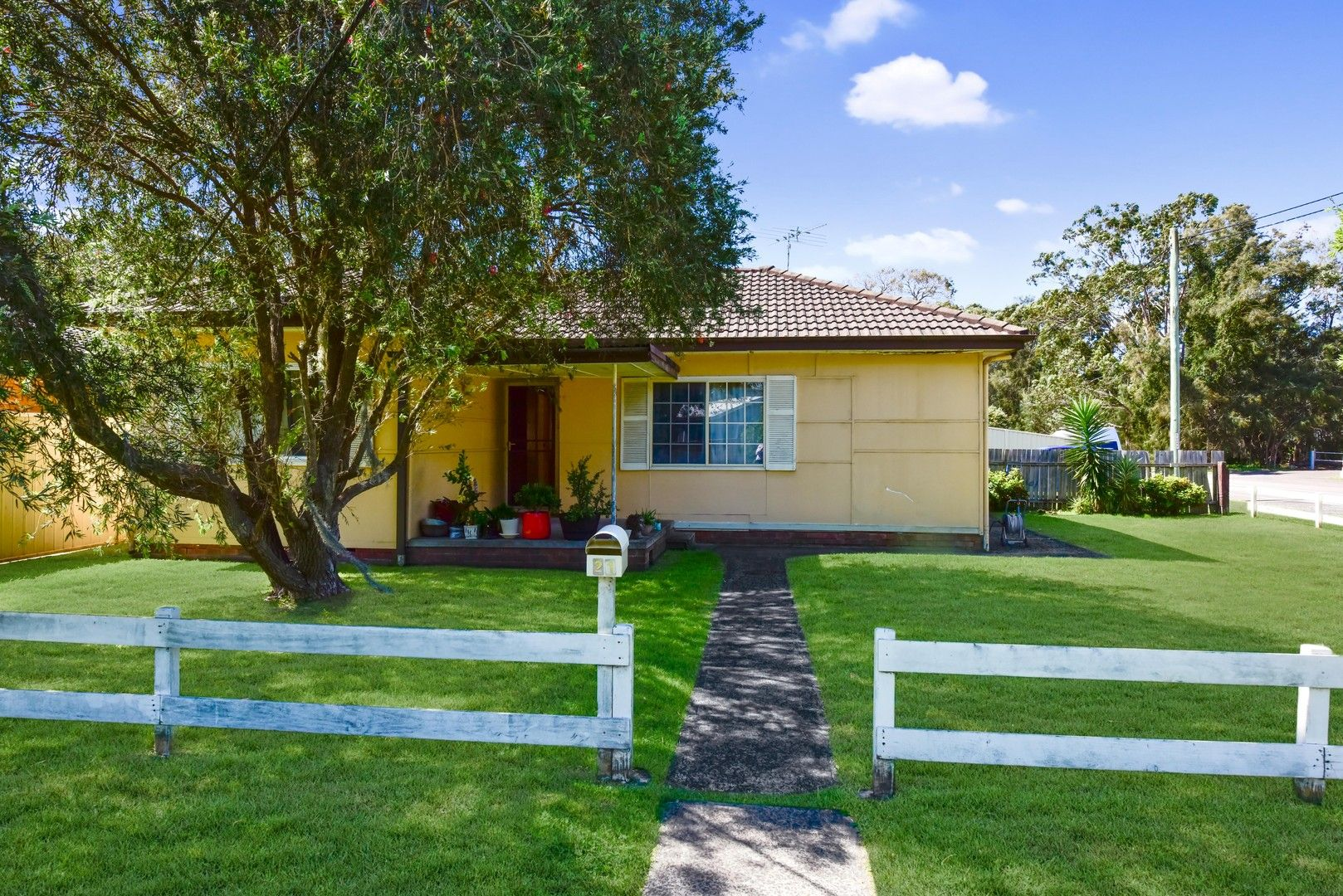 21 Waratah Street, East Gosford NSW 2250, Image 0
