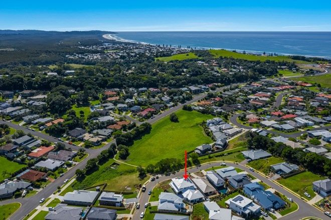Picture of 1/24 Seaswell Crescent, LENNOX HEAD NSW 2478