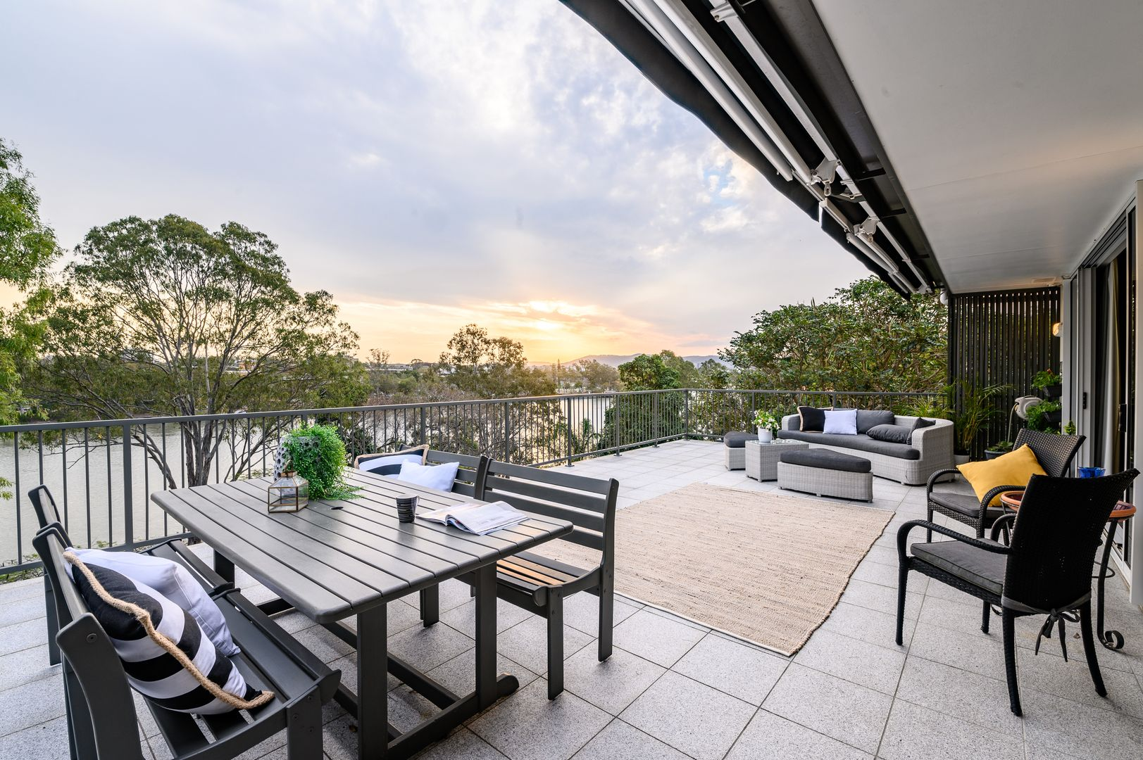 9 Borva Street, Dutton Park QLD 4102, Image 1