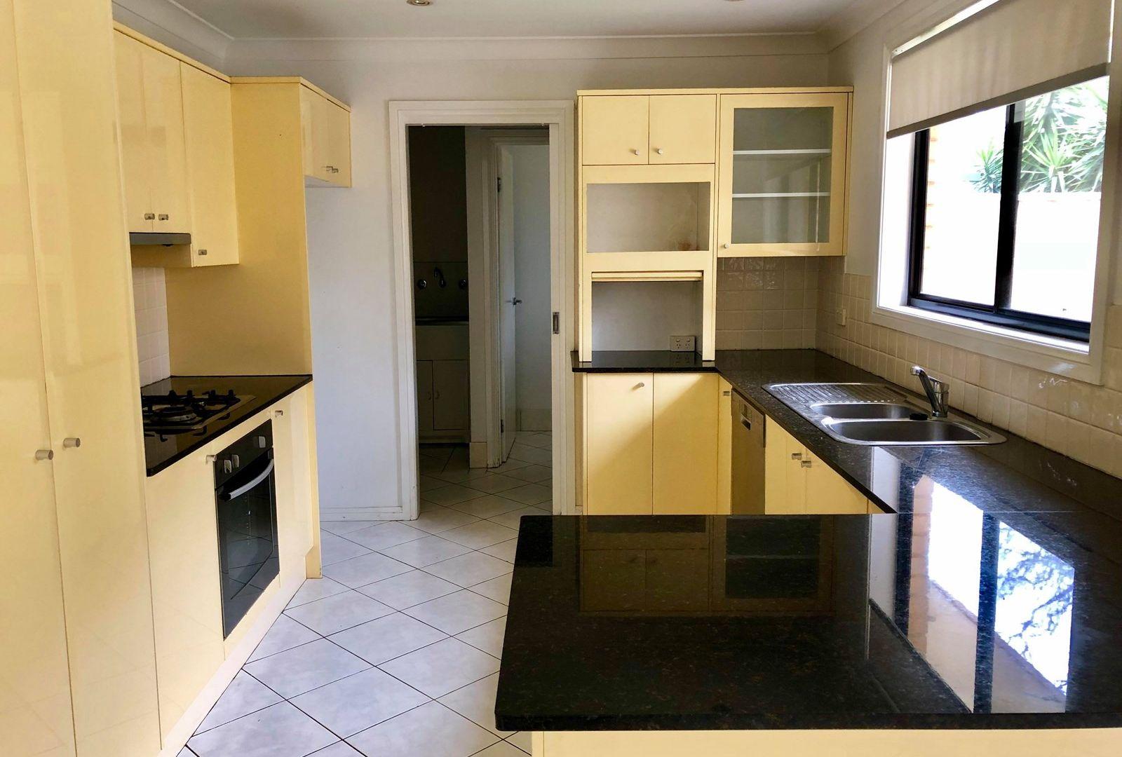 2/331 Taren Point  Road, Caringbah NSW 2229, Image 2