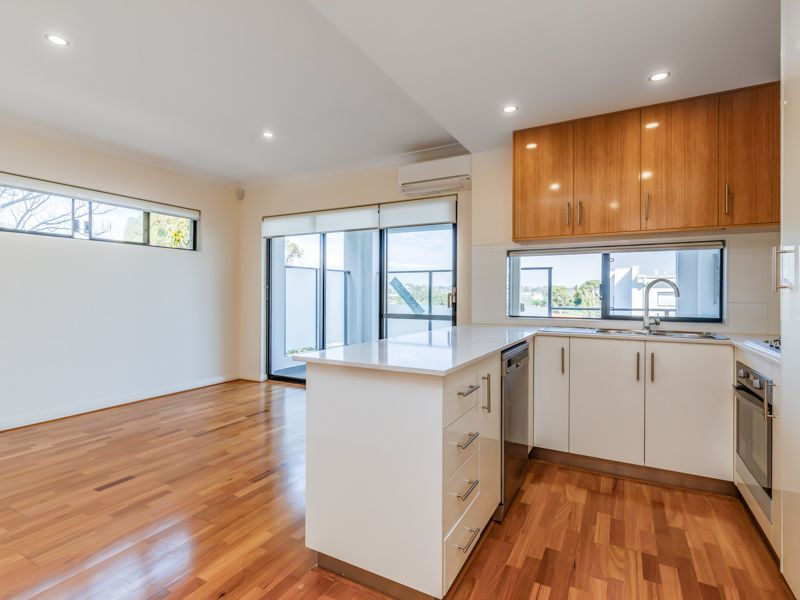 6/16 Sackville Terrace, Scarborough WA 6019, Image 0
