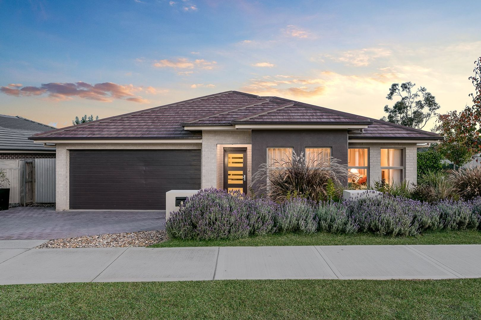 8 Fairbank Drive, Gledswood Hills NSW 2557, Image 0
