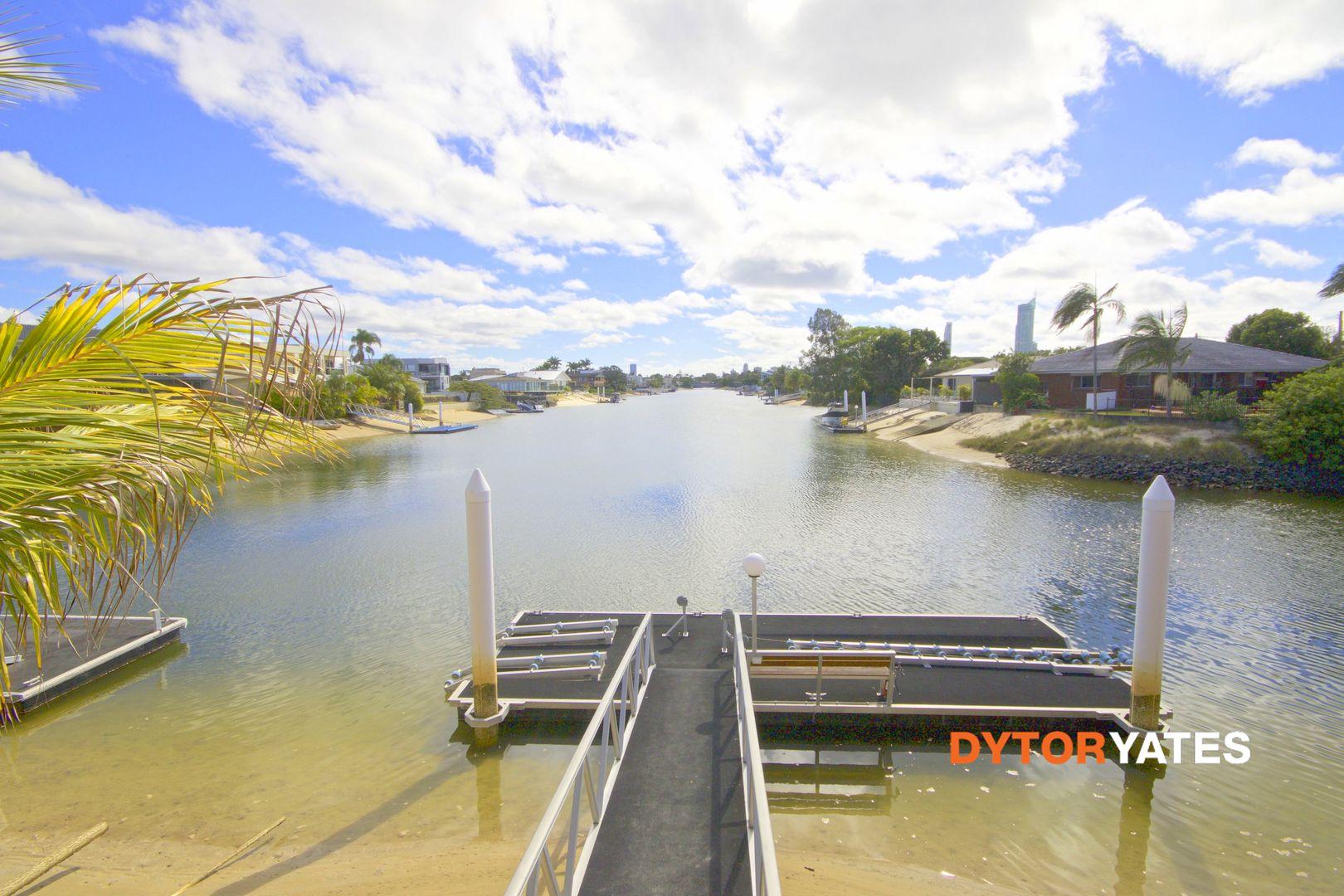 19 Poinciana Blvd, Broadbeach Waters QLD 4218, Image 0