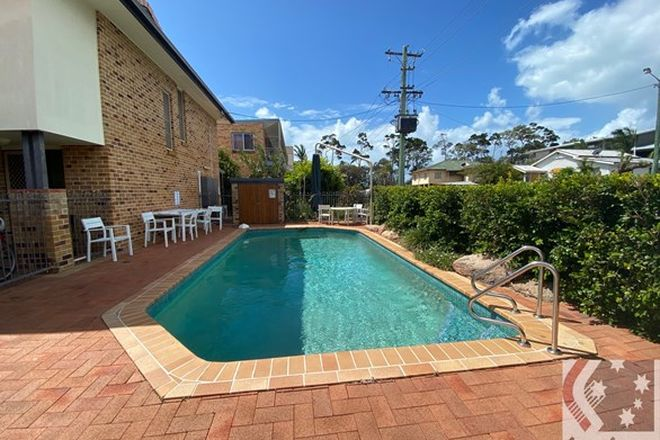 Picture of 4/7 Hervey Street, SCARNESS QLD 4655