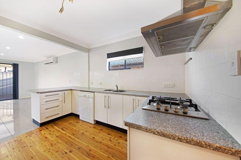 44 Dunalban Avenue, Woy Woy NSW 2256, Image 2