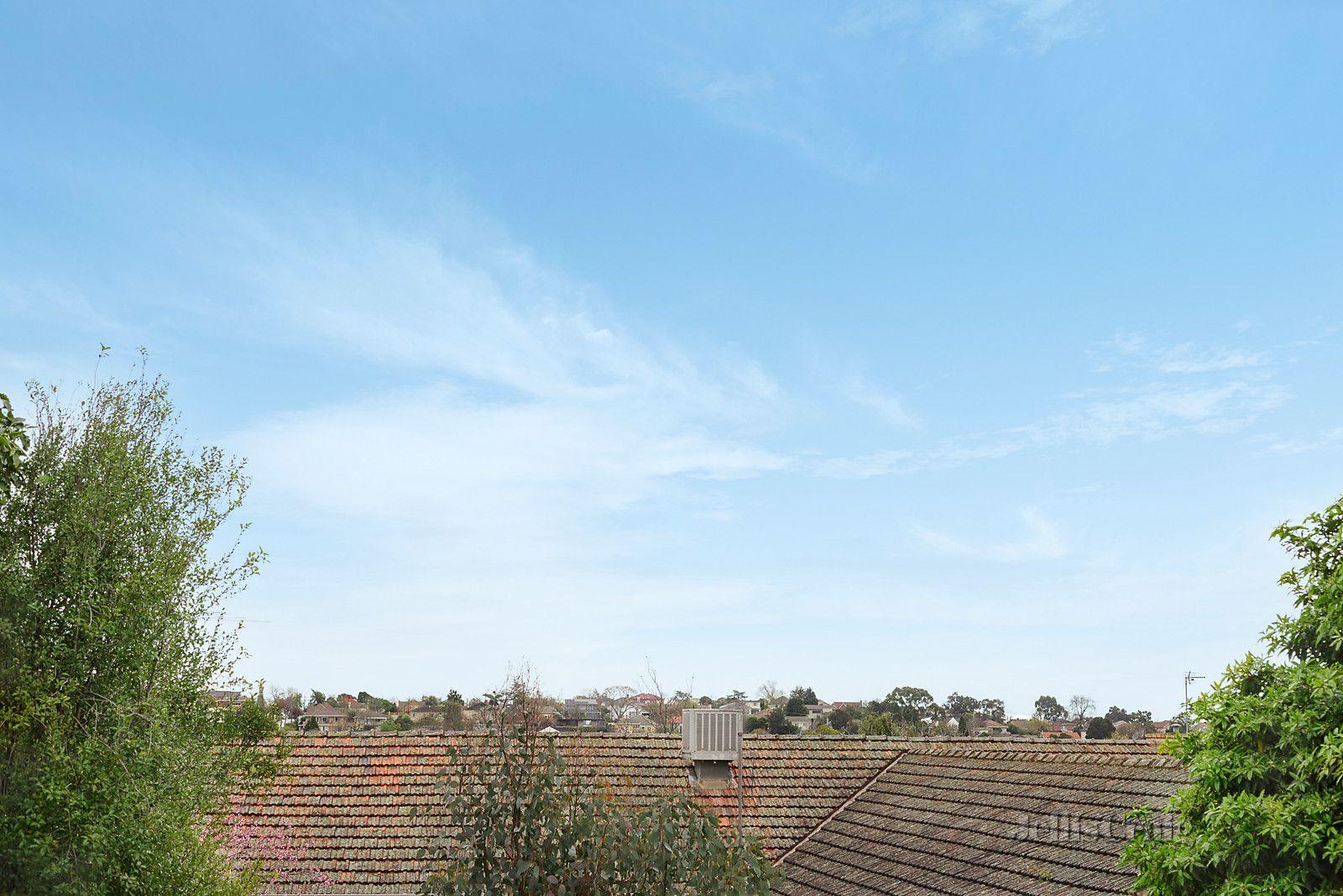 18 Viewhill Road, Balwyn North VIC 3104, Image 1