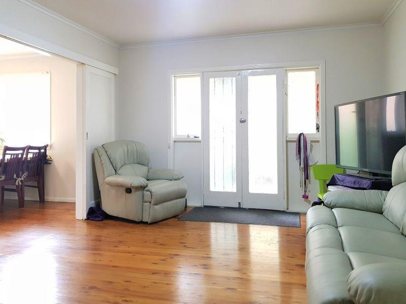 7 Veno Street, Heathcote NSW 2233, Image 2