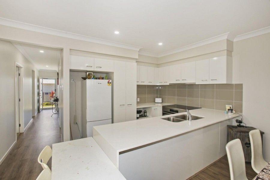 21 Locke Crescent, Caloundra West QLD 4551, Image 2