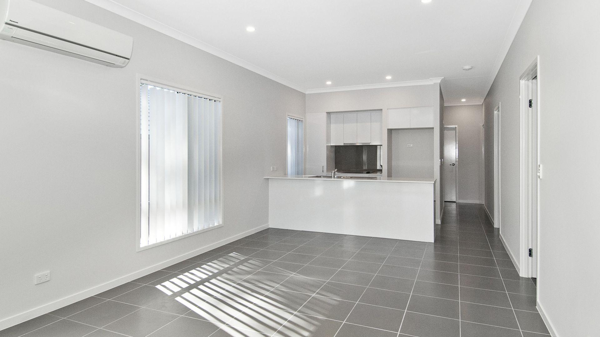 5 Rothbury Terrace, Pimpama QLD 4209, Image 2