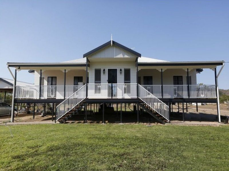 24 Blackview Avenue, Black River QLD 4818, Image 0