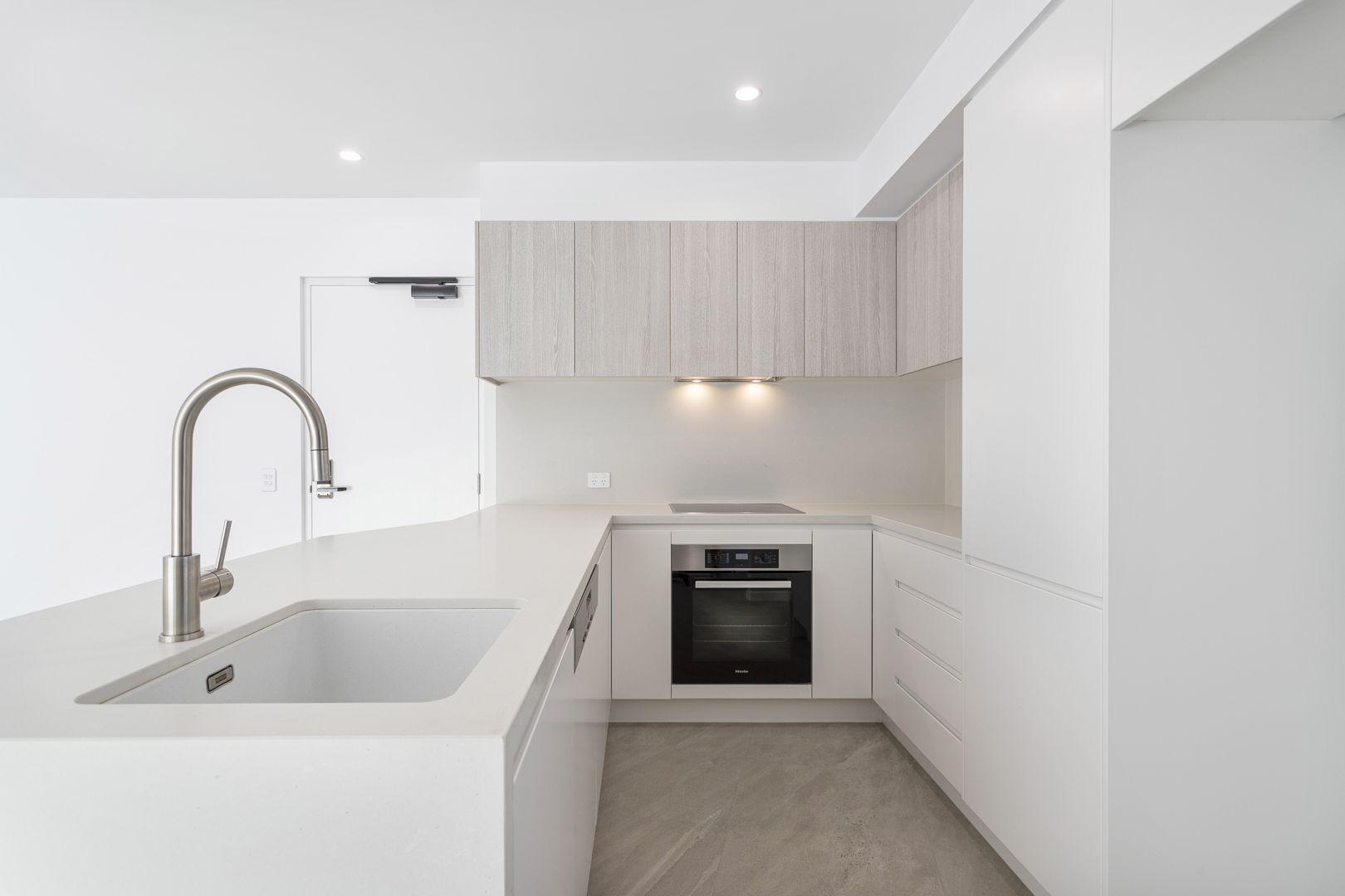 5/27 Bradman Avenue, Maroochydore QLD 4558, Image 2