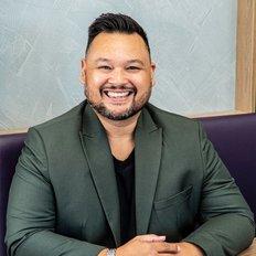 Syarif Machfud, Sales representative