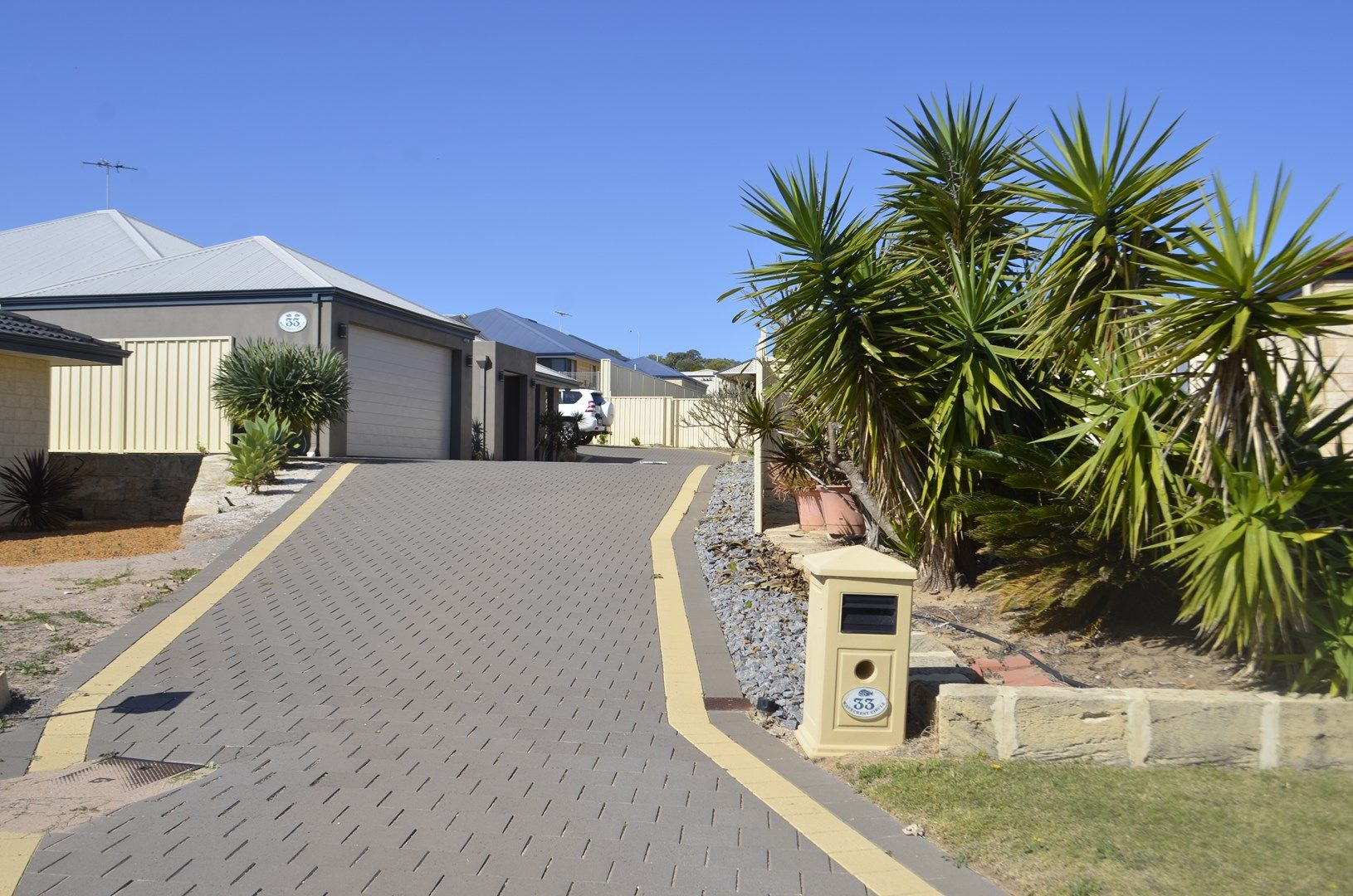 33 Wavecrest Circle, Drummond Cove WA 6532, Image 0