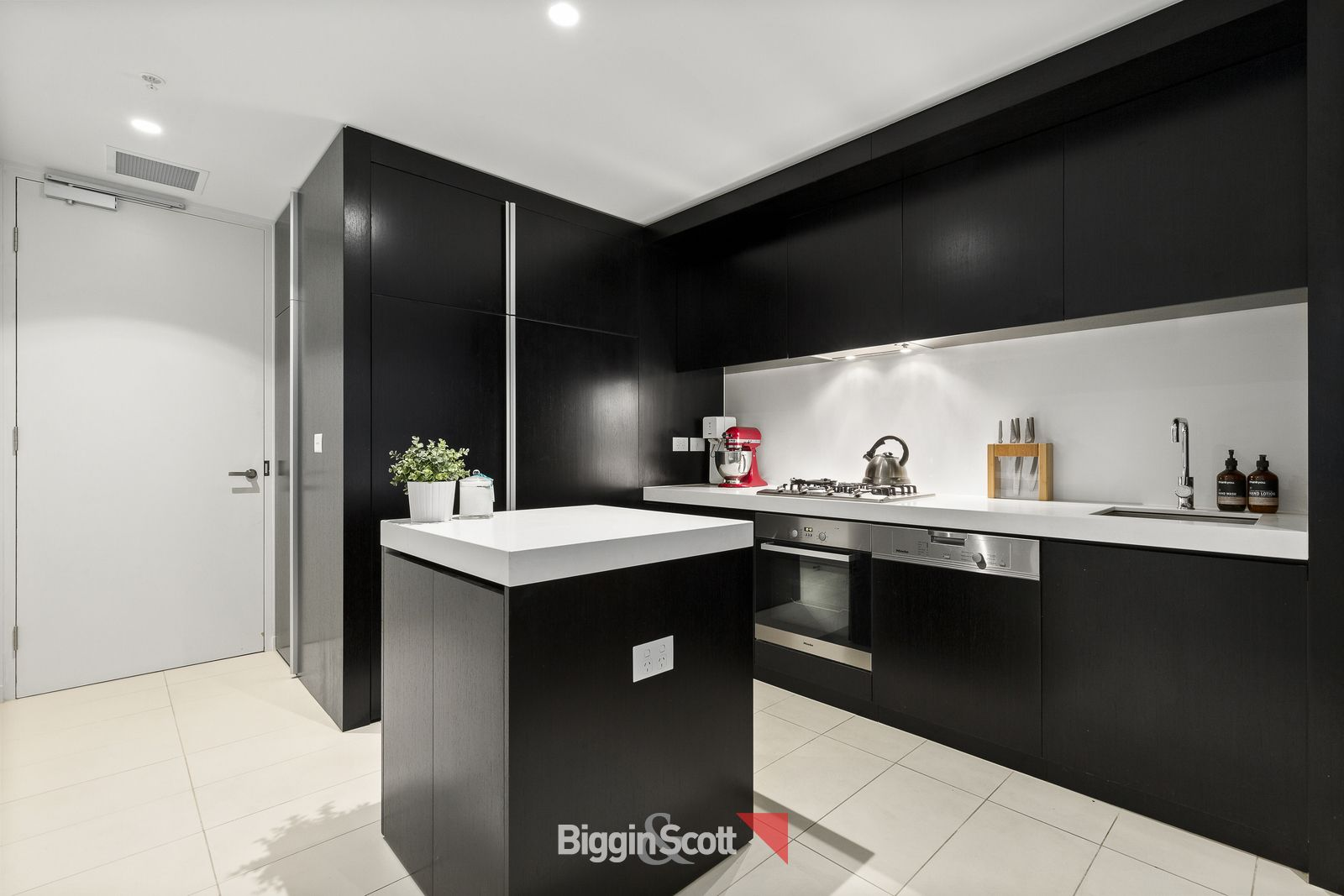 1307 50 Albert Road South Melbourne Vic 3205 Apartment