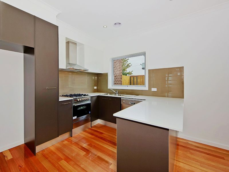 2/21 Sydney Street, Avondale Heights VIC 3034, Image 1