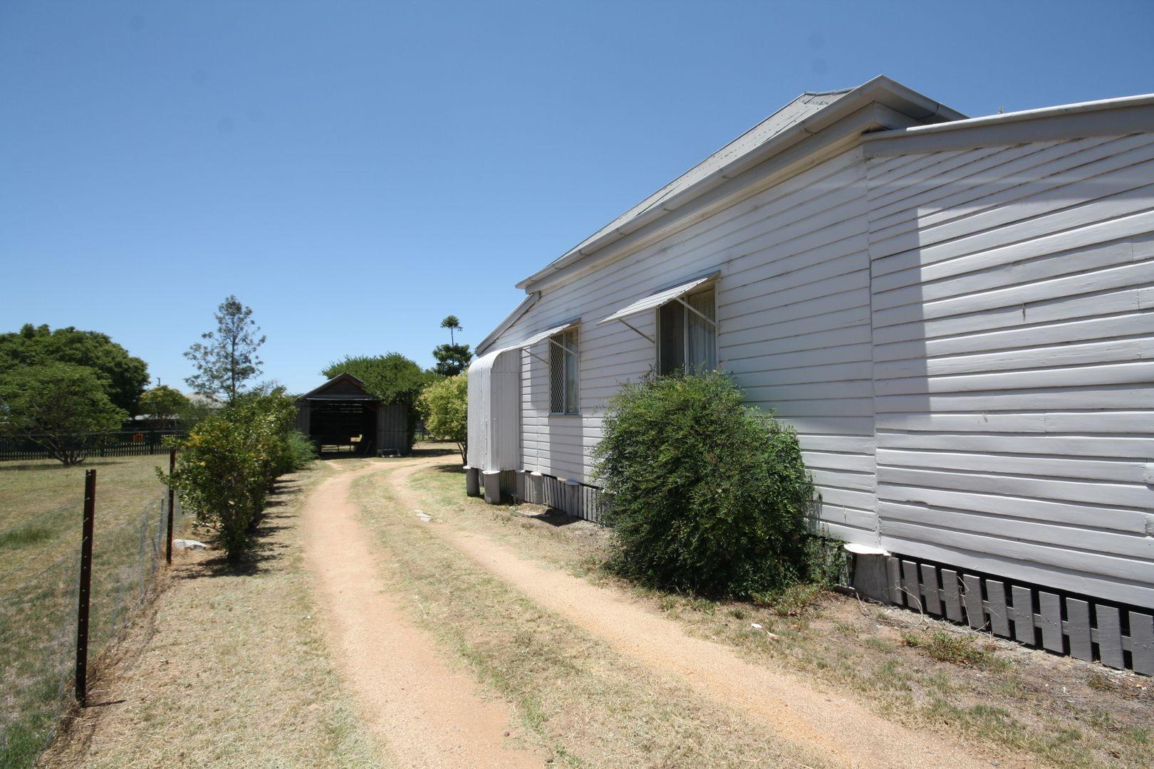 22 Oak Ave, Warwick QLD 4370, Image 1