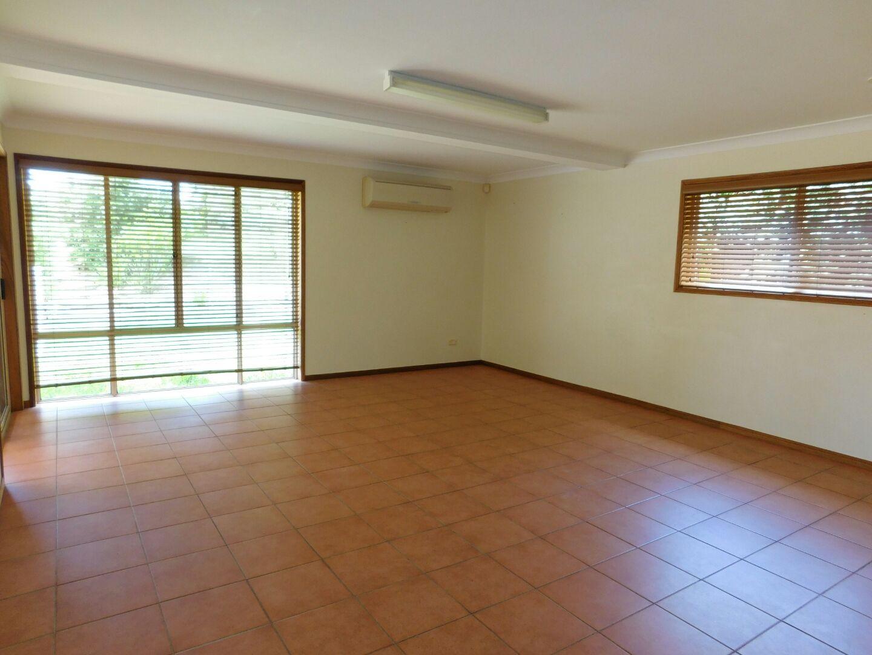 14 Koorong Court, Alexandra Hills QLD 4161, Image 2
