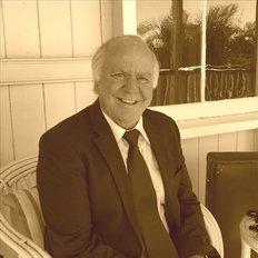 Ian Gladstone, Sales representative