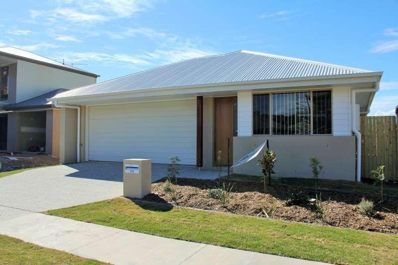 11 Pine Place, Upper Kedron QLD 4055, Image 0