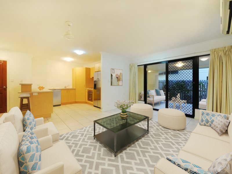 14/16 Beach Road, Cannonvale QLD 4802, Image 0