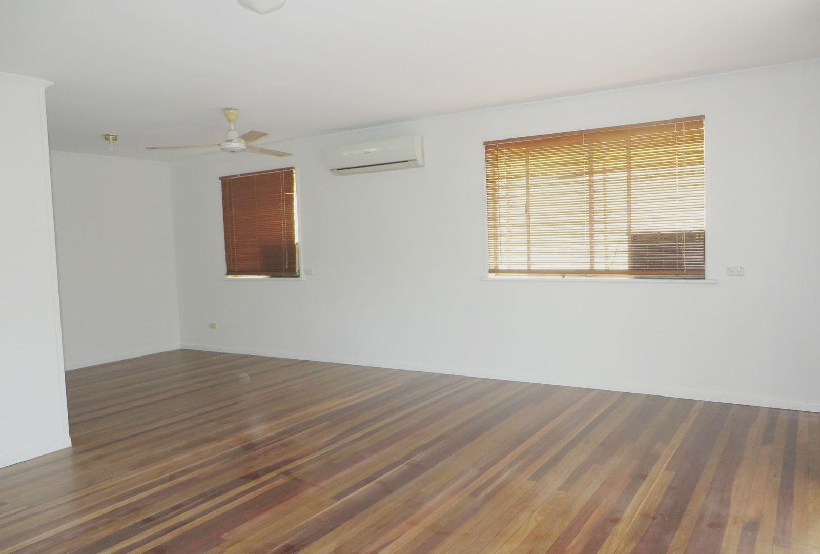 28 Cobbadah Street, Jindalee QLD 4074, Image 2