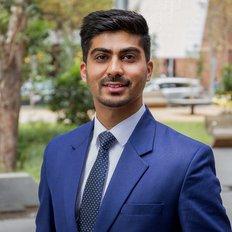Yas Sunar, Sales representative