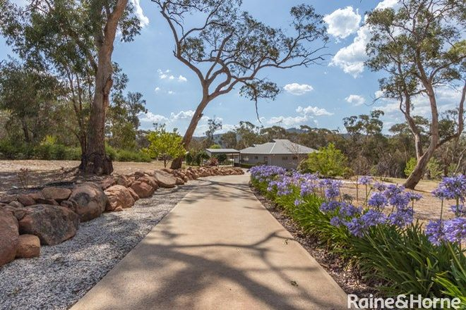 Picture of 5 Borrowpit Road, MEADOW FLAT NSW 2795