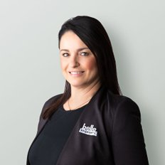 Rena Amanatidis, Sales representative