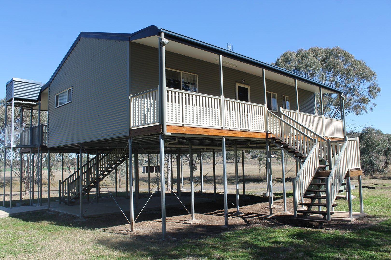 2369 Leyburn - Cunningham Rd, Pratten QLD 4370, Image 0