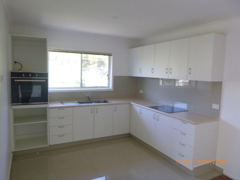 24 Macquarie Avenue, Molendinar QLD 4214, Image 1